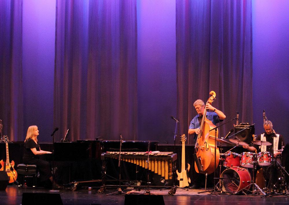 Debbie Denke in concert